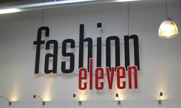 Werbetechnik - Beschriftung Textilhandel Seevetal