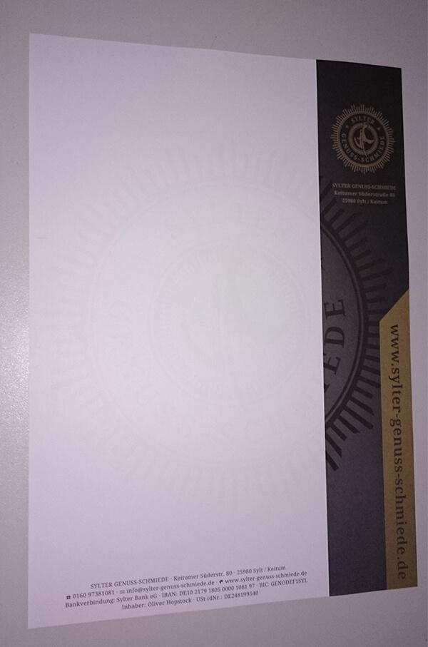 Das fertige Briefpapier mit Sonderfarbe Gold
