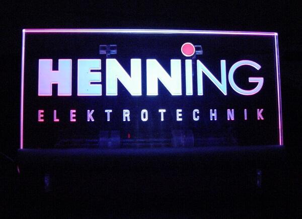Werbetechnik - Schild mit LED Kantenstrahler