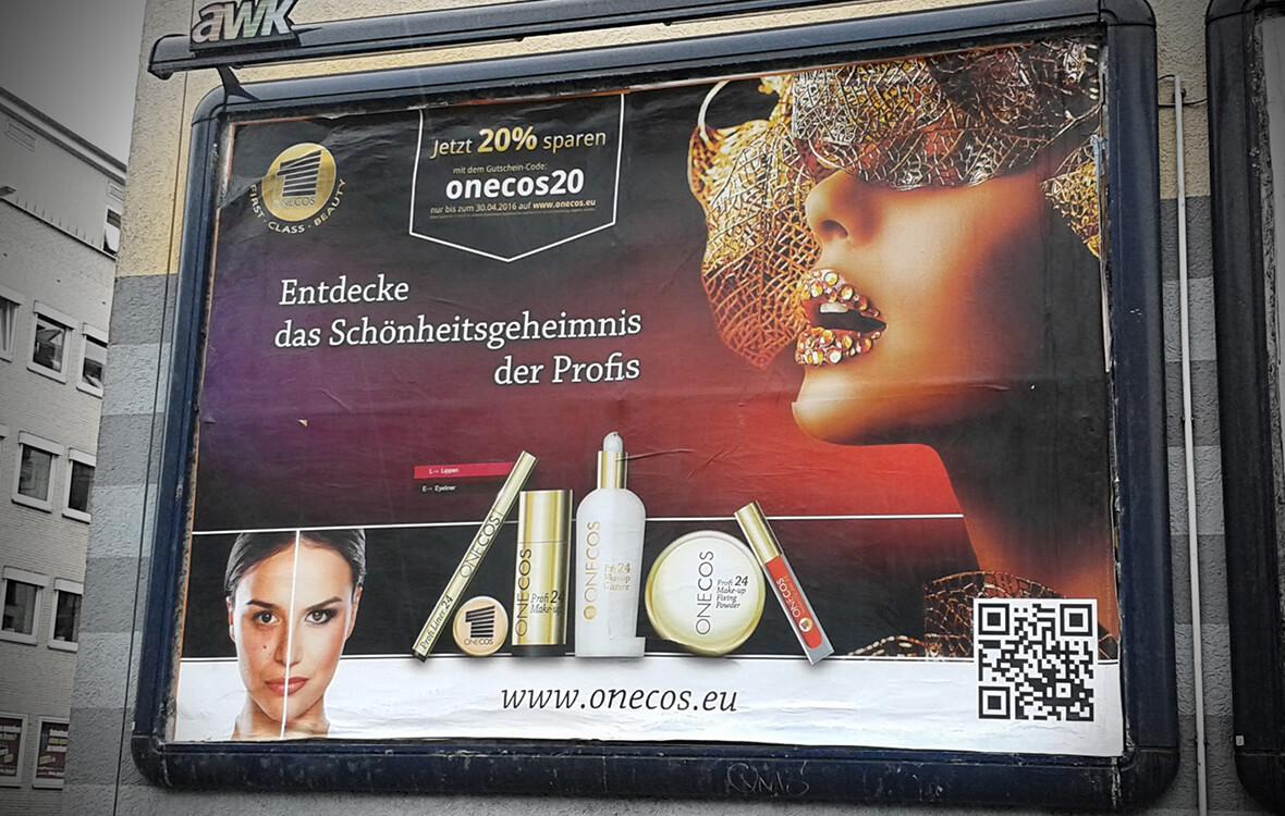 Die fertige Plakatwerbung in Hamburg-Lokstedt