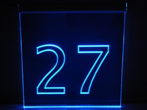 Schild Hausnummer beleuchtet