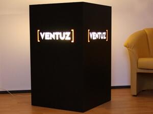 Werbetechnik - Lichtwürfel Ventuz