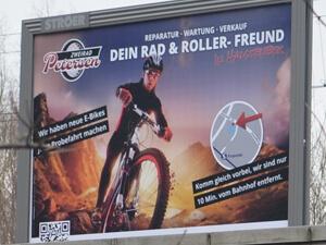 Grossflächenplakat für Fahrrad-Mechaniker aus Halstenbek